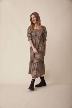 freequent erin kjole